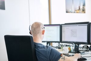 MailStore Technical Support Engineer bei der Arbeit
