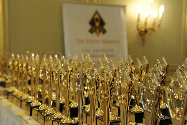 Die Stevie Awards warten auf Ihre Preisträger